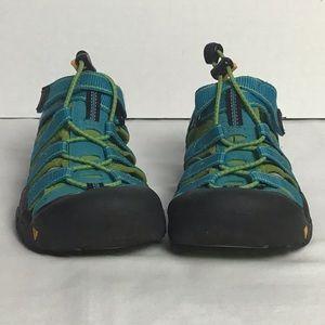 Keen teal green sport waterproof sandals. 3